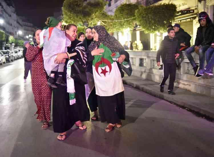 Femmes et enfants ont également participé aux festivités.