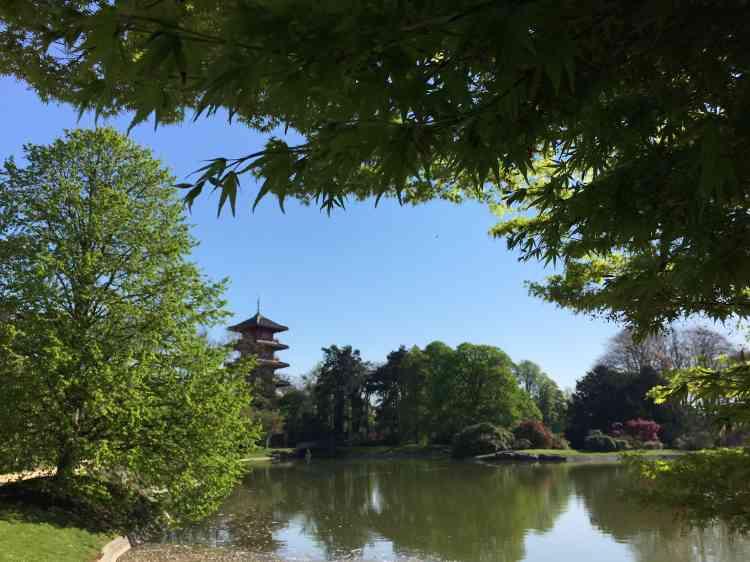 La Tour japonaise de Laeken est la réplique de celle construite pour l'Exposition universelle de 1900, tenue à Paris.