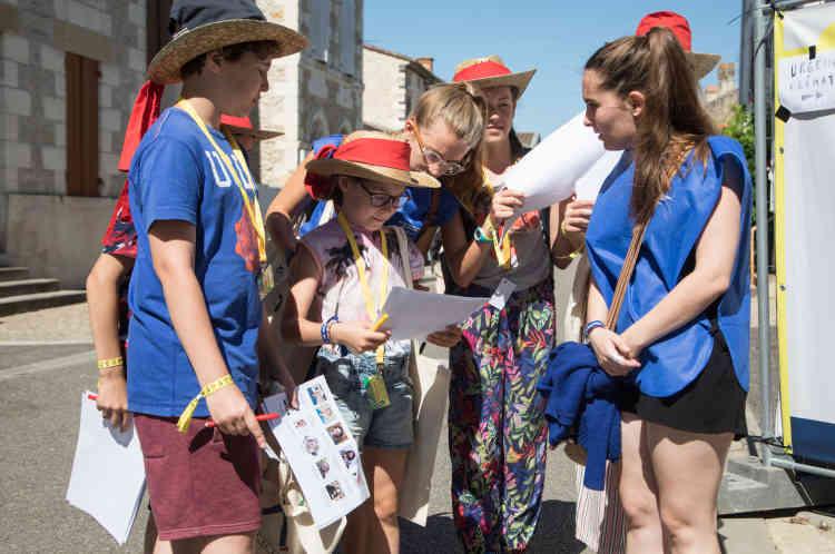 Durant toute la durée du festival, des ateliers de journalisme sont proposés aux enfants. Comme ici, avec la «Petite Rédac'» ouverte aux 4-14 ans.