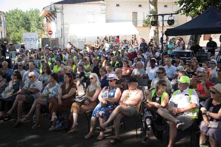 Ouverture du festival par une discussion avec des «gilets jaunes» de la région, animé par Florence Aubenas.