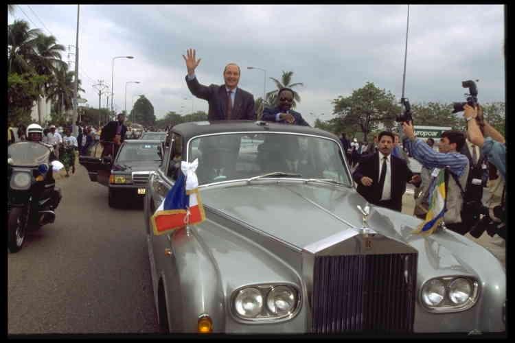 Lors d'une visite officielle au Gabon, en juillet 1995.