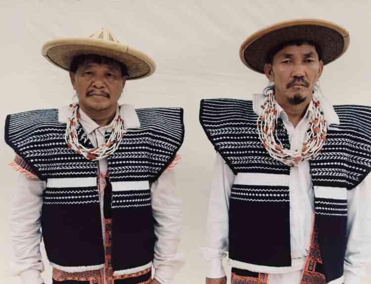 Sipo Melo (à gauche) et Emuko Miwu, peuple idu mishmi, Inde.
