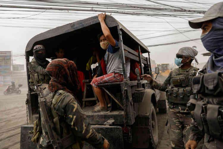 Par mesure de sécurité, les habitants de Batangas ont été évacués par les autorités.