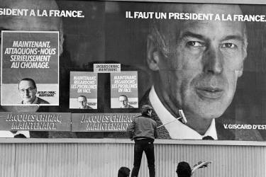 Le 26 avril 1981, il est éliminé au premier tour de l'élection présidentielle après avoir entamé un virage à droite pendant la campagne, passant du «travaillisme à la française» au «moment néolibéral du RPR». Valéry Giscard d'Estaing le tient pour responsable de sa défaite au second tour face à François Mitterrand.