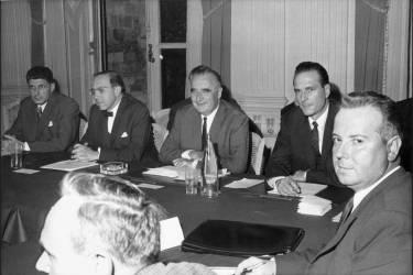 Elu député dans la circonscription d'Ussel, en Corrèze, le 12 mars 1967, Jacques Chirac est nommé, le 8 avril, secrétaire d'Etat à l'emploi dans le quatrième gouvernement Pompidou.